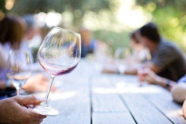 飲みかけワインの品質劣化をチェックする方法