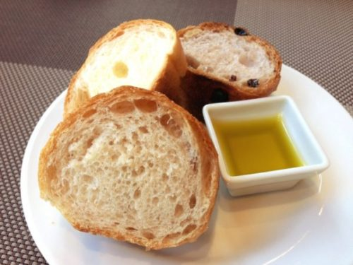 食べ方①パンにつけて食べる