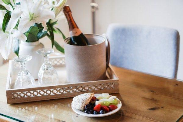 ワインに合う簡単つまみ「発泡酒編」