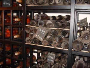 失敗しない選び方②飲み頃でないヴィンテージワインを避ける