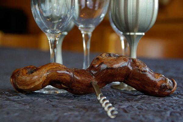 ワインを開ける道具と特徴