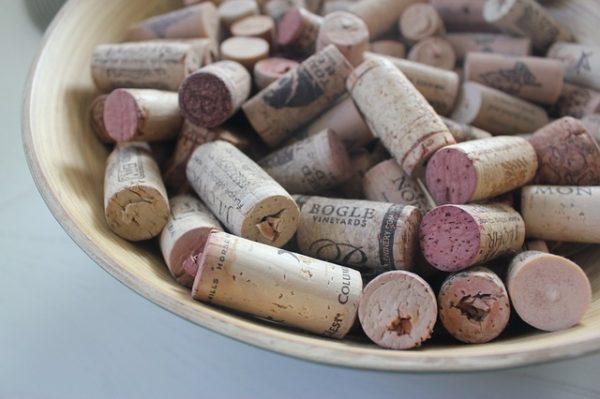 ワイン栓の種類のよる開け方